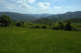 Land for sale, Praznov